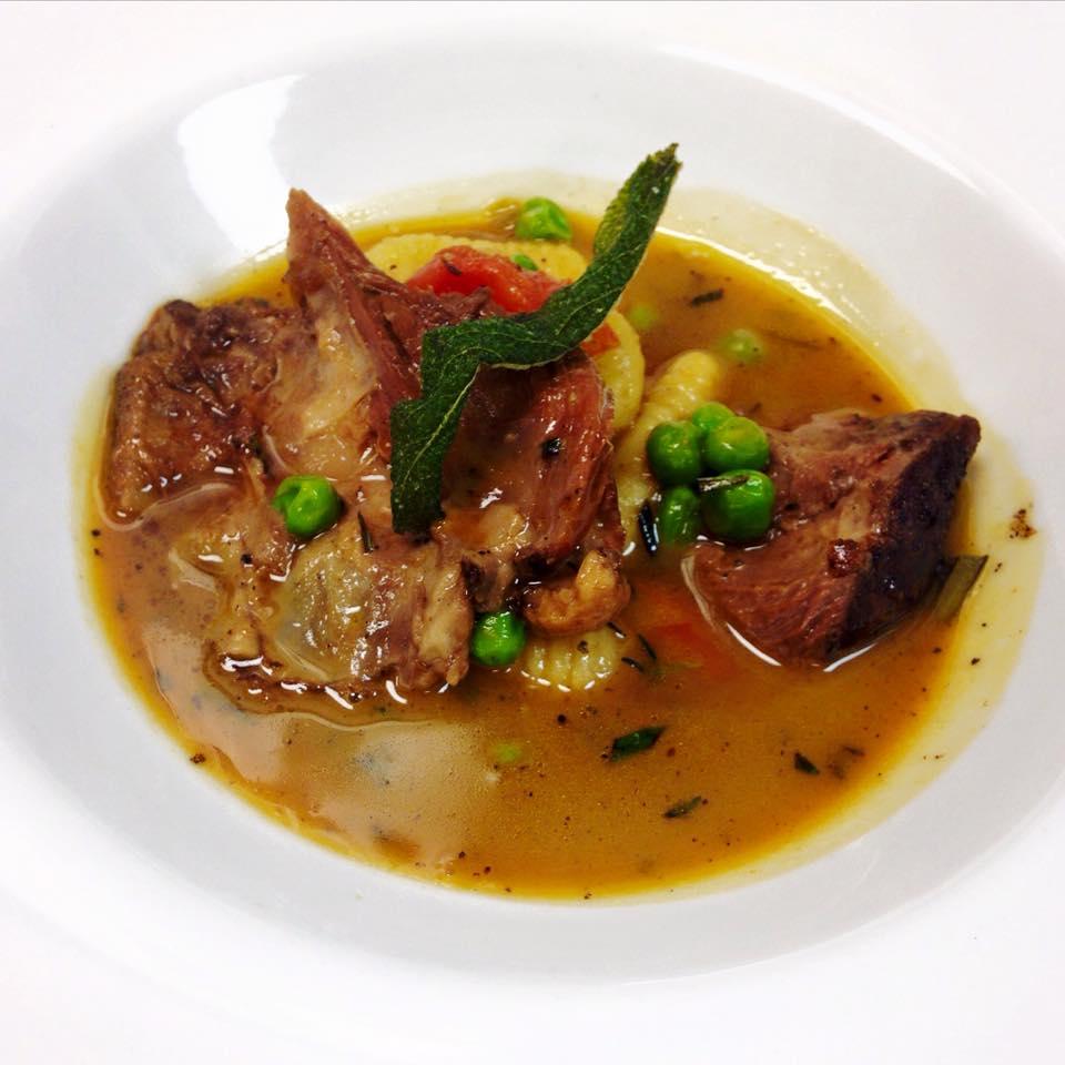 Restaurant Iris, Memphis restaurant, Moroccan lamb shank